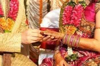 Pandit for marriage